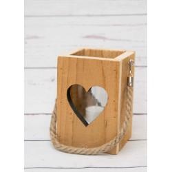 Holzlaterne mit Herz